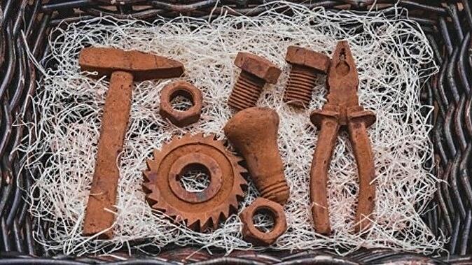 Шоколадные инструменты своими руками 79