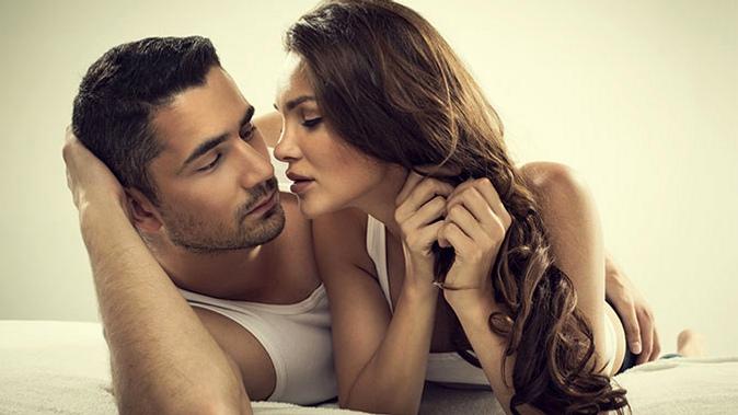 Как мужчина может возбудить женщину. Подраздел на www.detkor.ru