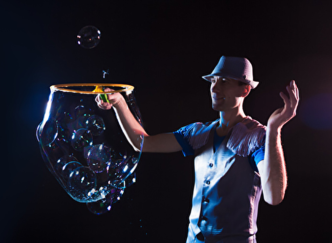 Шоу волшебных мыльных пузырей